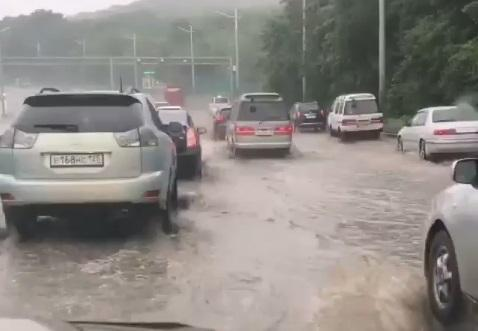 Владивосток уходит под воду