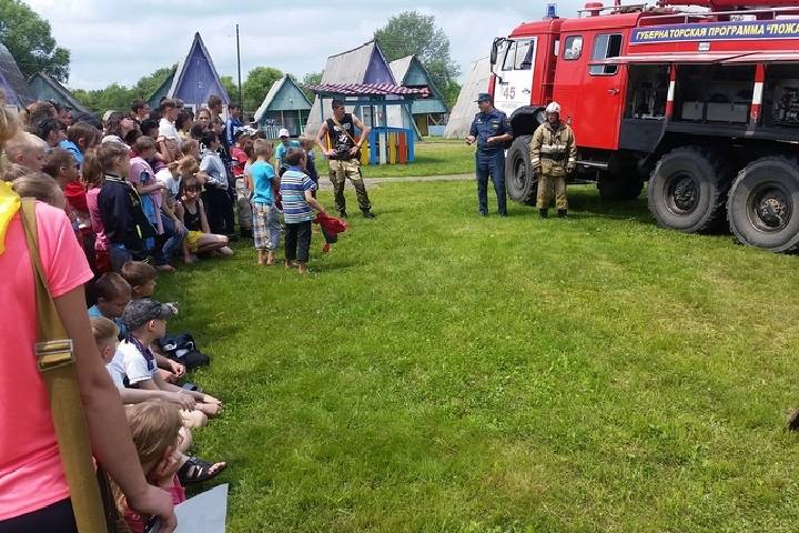 Два детских лагеря в Приморье оказались небезопасными
