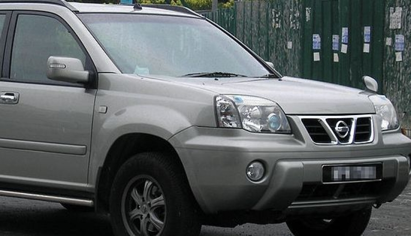 Еще один автомобиль пострадал от рук хулиганов во Владивостоке