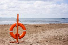 В Приморье на территории пляжа бесследно исчез трехлетний мальчик