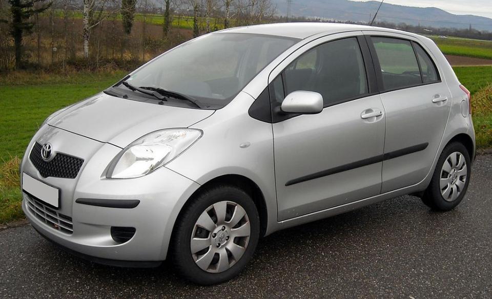 Сюрприз обнаружили в Toyota Vitz, прибывшем из Японии во Владивосток