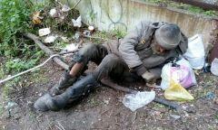 Бездомный умирает во Владивостоке у стен городской больницы