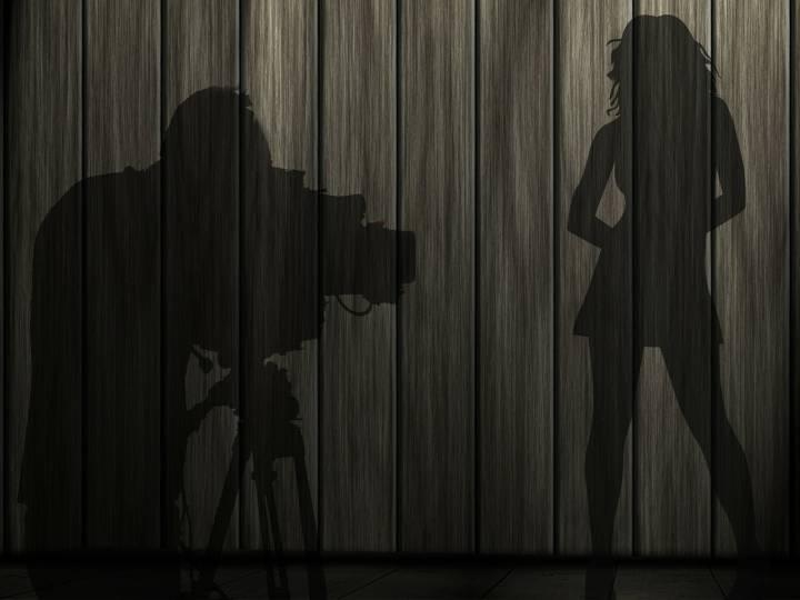 «Голая» фотовыставка открылась в Приморской картинной галерее