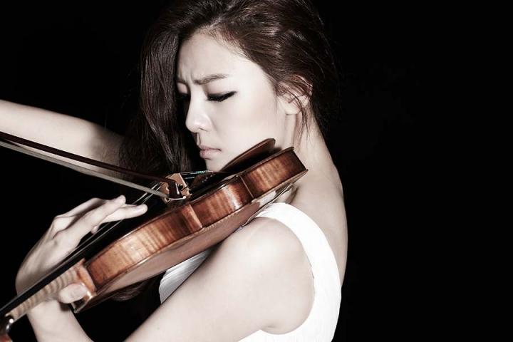 Южнокорейская скрипачка Клара-Джуми Кан даст единственный концерт в Приморье