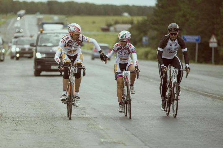 Австриец Эдуард Фукс сошел с многодневной велогонки Москва - Владивосток