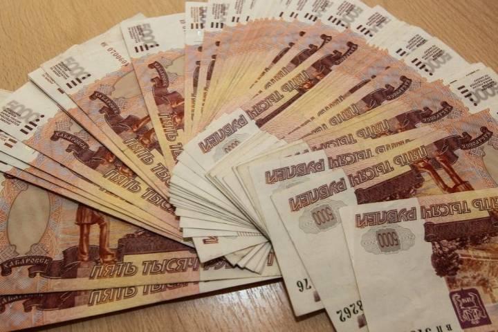 Необычная форма оплаты подвела работницу общепита во Владивостоке