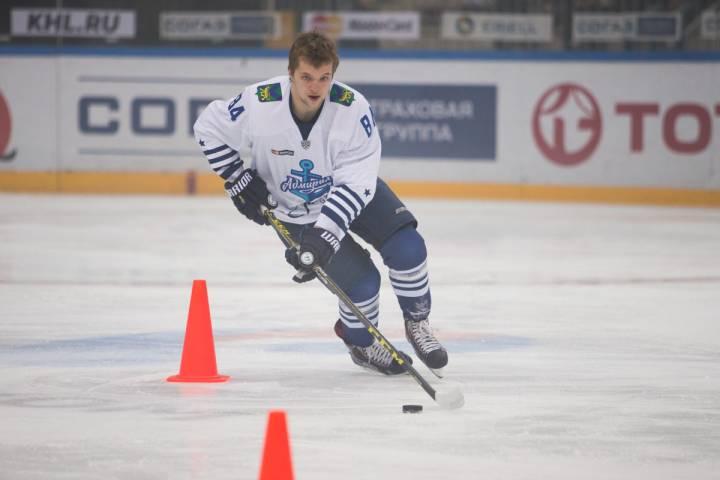 Чемпион России по хоккею определится по итогам плей-офф КХЛ