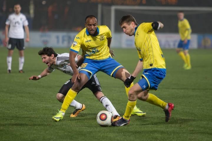Владивостокский «Луч-Энергия» разгромил томских футболистов