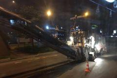 Ремонт дороги на улице Русской во Владивостоке ведется ночью