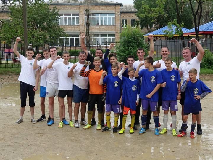 Необычный футбольный матч состоялся в Уссурийске