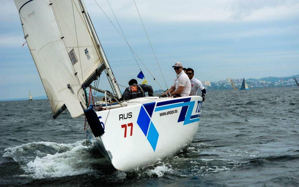 Яхтсмены показали класс в финале международных гонок во Владивостоке