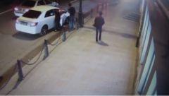 Девушка, сбившая молодую пару, пыталась уничтожить свой видеорегистратор – очевидцы