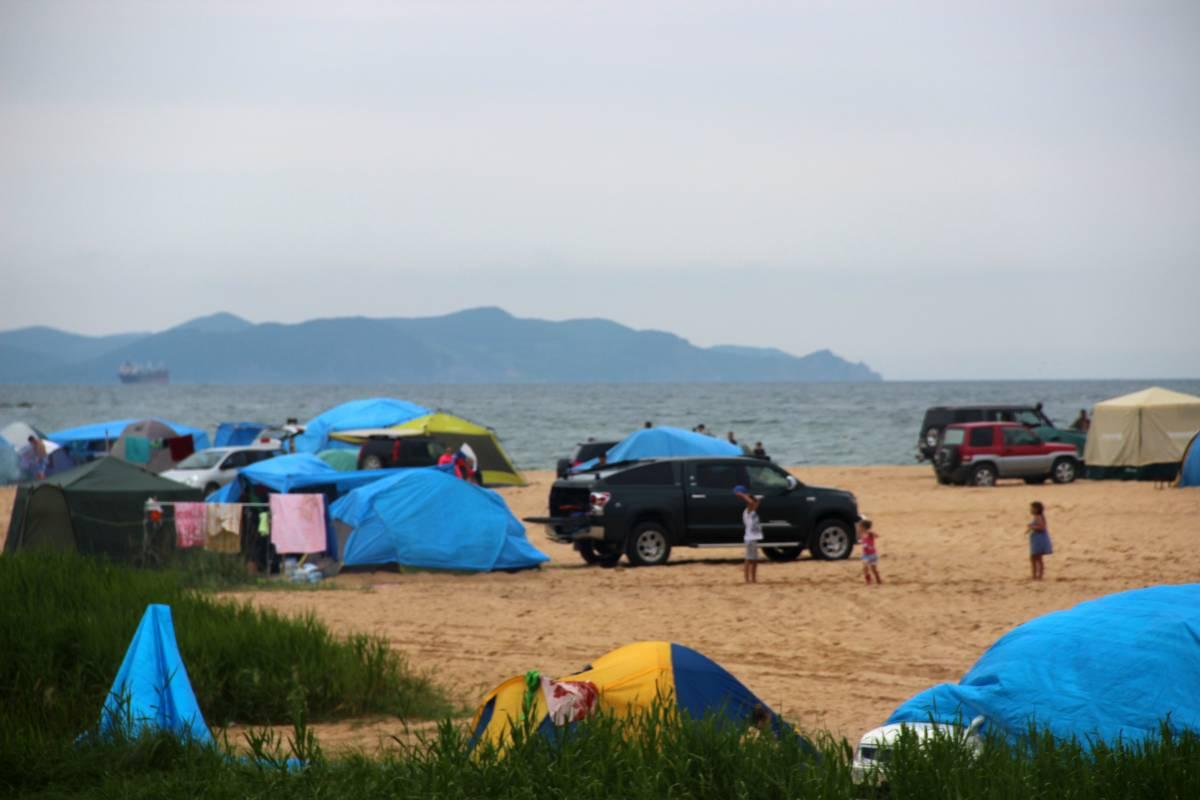 Пляжи Ливадии: чистое море, пахучие туалеты и шумные отдыхающие