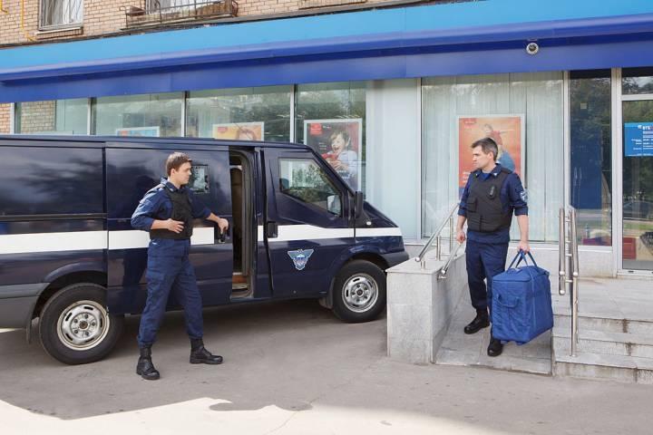 «Спецсвязь» продает авто, засветившееся в скандале во Владивостоке