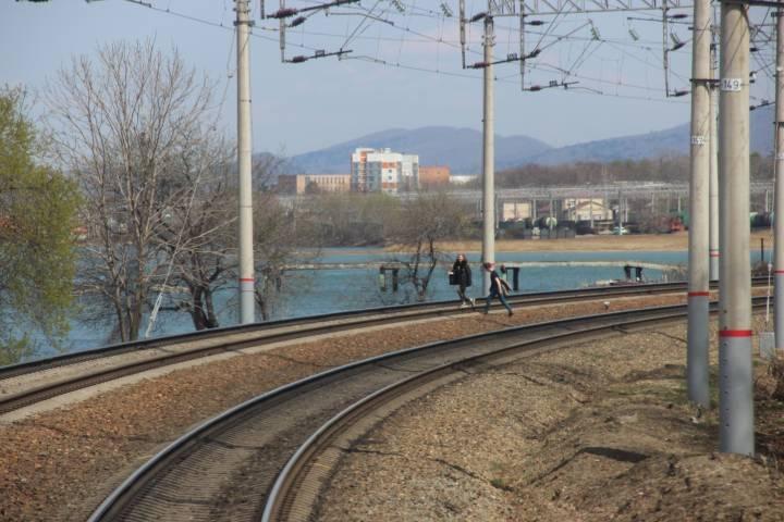 В Приморье подростки едва не стали виновниками железнодорожной катастрофы