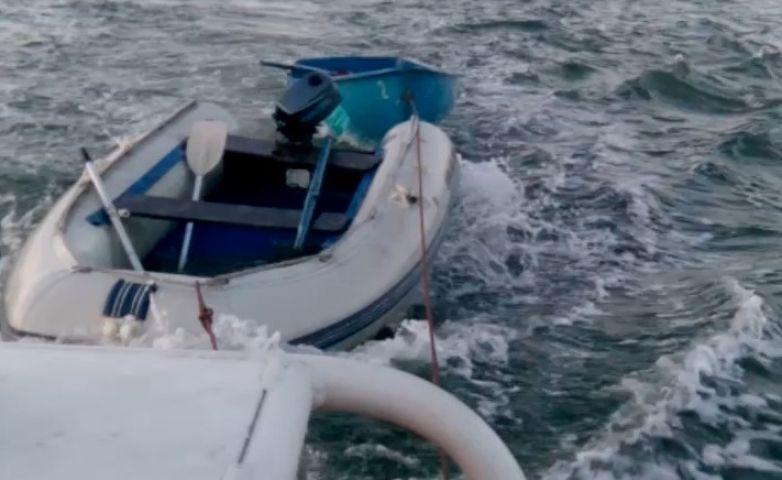 Женщину-рыбака спасли в Приморье