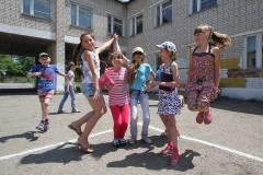 Просроченные продукты и лекарства обнаружены в трех детских лагерях Приморья