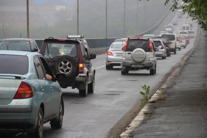 Не все владивостокцы знают, что теперь нужно сделать, выезжая с Рудневского моста