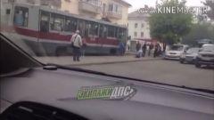 Драка владивостокцев возле трамвая на Школьной стала хитом Instagram