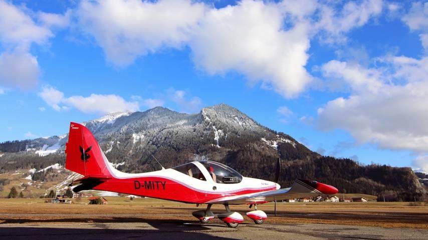 Почти все взлетно-посадочные полосы региональной авиации Приморья не заасфальтированы