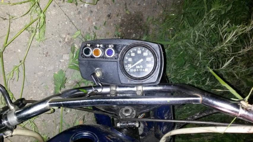 В Приморье 16-летний подросток перевернулся на мотоцикле