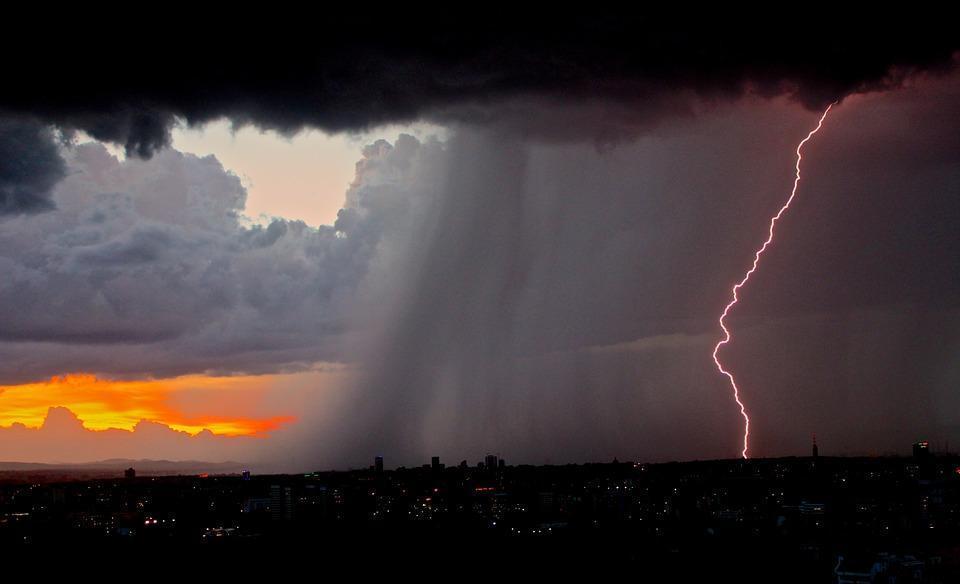 Грозы и дожди пройдут в Приморье в ближайшие дни