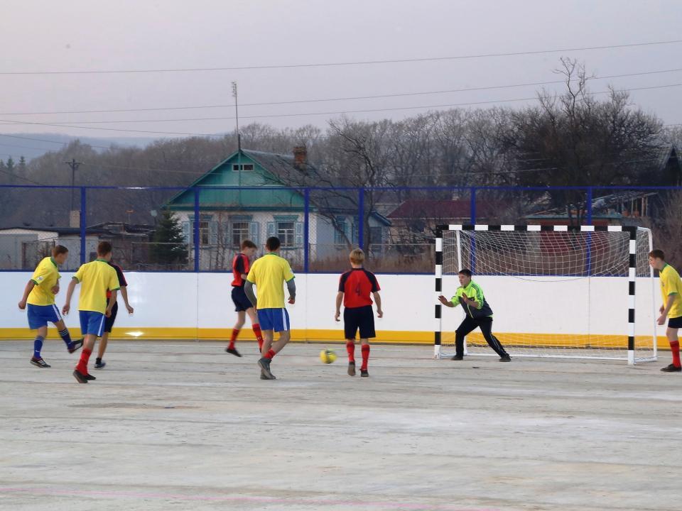 Развивать школьный и массовый спорт в Приморье помогут краевым имуществом