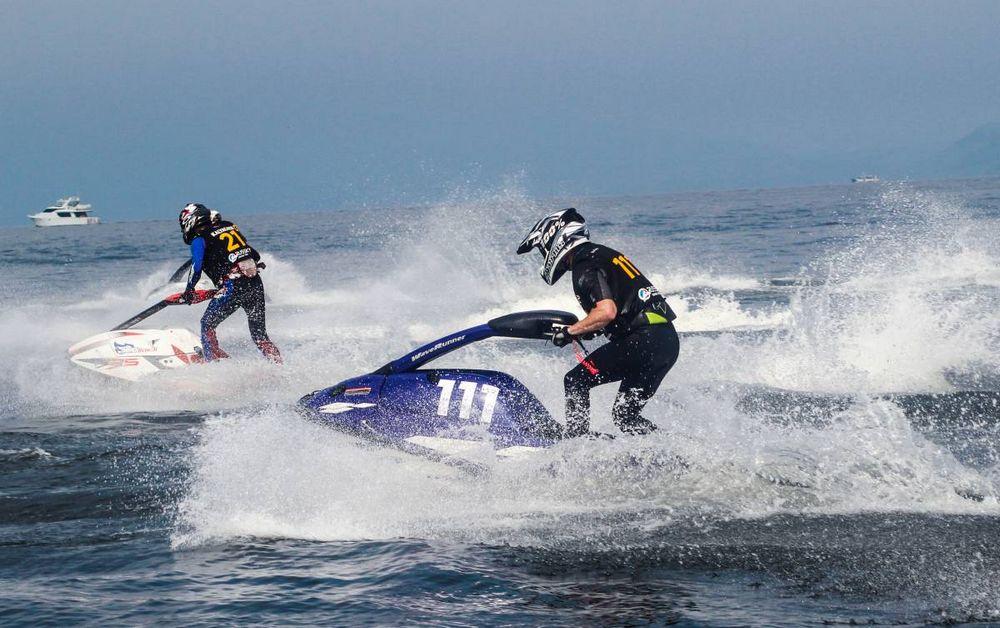 Во Владивостоке стартовал открытый чемпионат Приморья по аквабайку