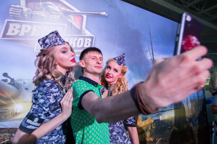 Все смешалось – люди, танки: в турнире World of Tanks во Владивостоке победила команда Pupils
