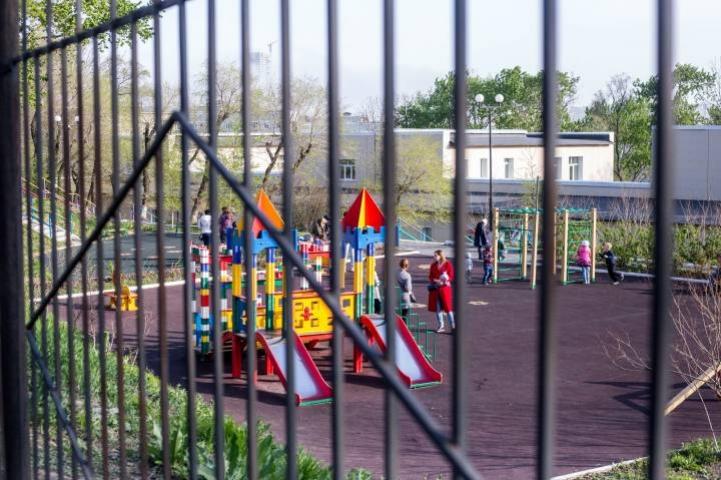 В восьми детских садах Приморья прекращен прием детей
