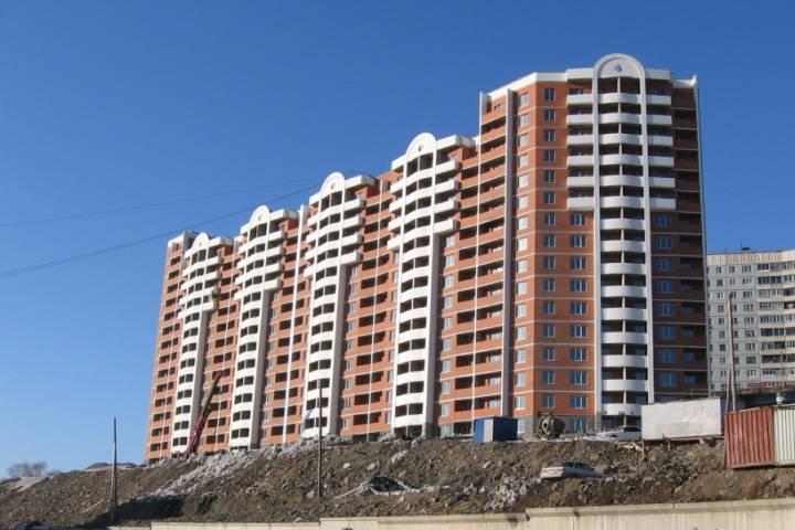 Военному судье покупают скромную трехкомнатную квартиру во Владивостоке