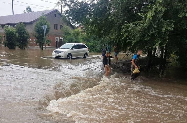 Турфирмы несут убытки на китайском направлении из-за дорожной обстановки