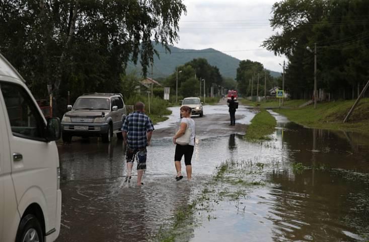 Опубликовано видео с места повреждения плотины водохранилища под Уссурийском