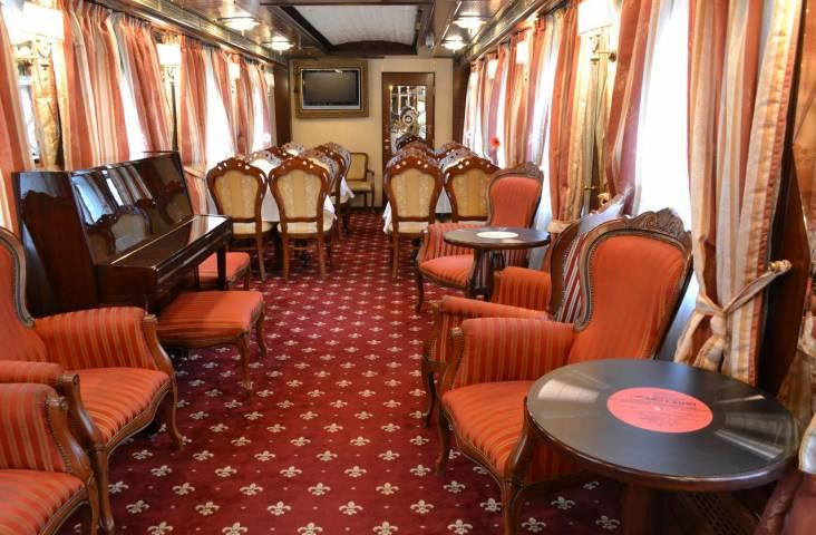 Поезд до Владивостока побил мировой рекорд по стоимости билета