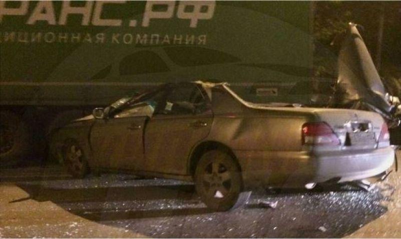 Жесткое ДТП произошло сегодня ночью: машина превратилась в «консервную банку»