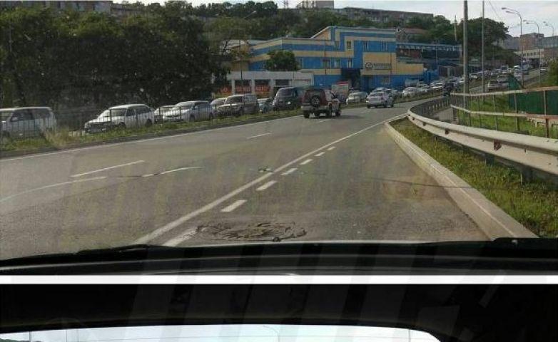 Огромная пробка скапливается на Чуркине из-за перекрытой объездной трассы