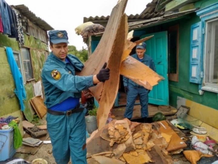После удара стихии ситуация в Приморье стабилизируется