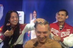 Тренер олимпийской сборной РФ по фехтованию побрился налысо