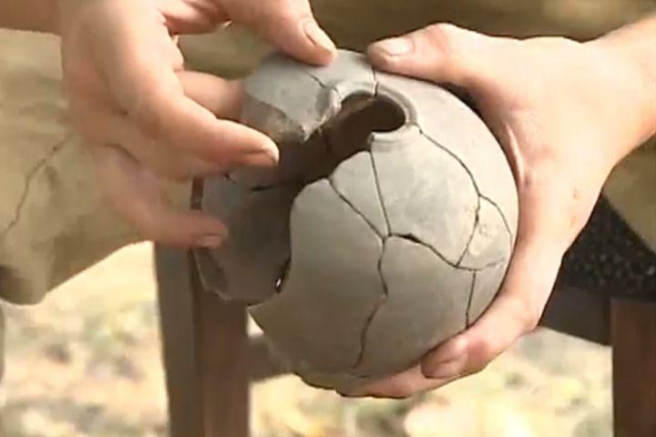 Погреб с алкоголем времен императора чжурчжэней откопали в Приморье