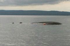 Для осмотра затонувшего катера потребовалось три водолаза