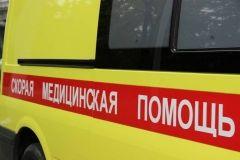 Стекло рухнуло на жительницу Владивостока в одном из торговых центров