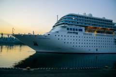 Владивосток посетил круизный лайнер Costa NeoRomantica