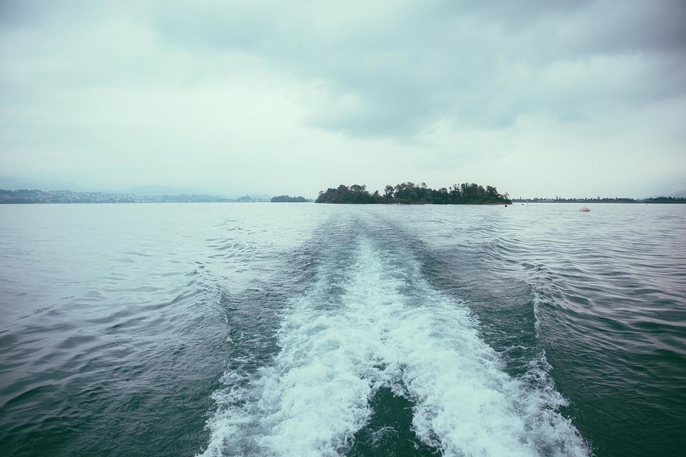 «Один на другого налетел»: морская катастрофа произошла на юге Приморья