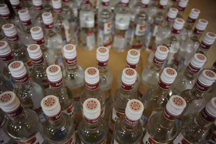 Во Владивостоке выявили очередной магазин, где торговали нелегальным алкоголем
