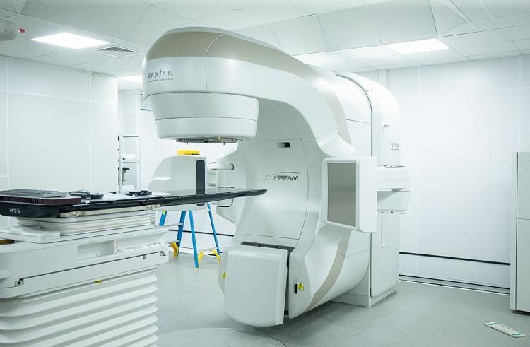 В Приморье работники нового онкодиспансера проходят обучение