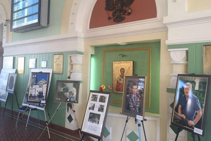 В честь 20-летия уникальной реставрации железнодорожного вокзала во Владивостоке открылась выставка