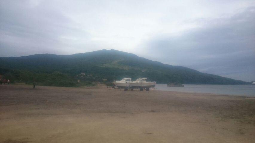 Пляжи Приморья опустели из-за «Лайонрока»