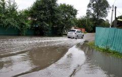 Первый день ливней в Приморье: подтопленные дворы, залитые дороги, упавшие ЛЭП
