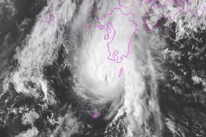 Британские синоптики опубликовали видео грозящего Приморью тайфуна «Намтеун»