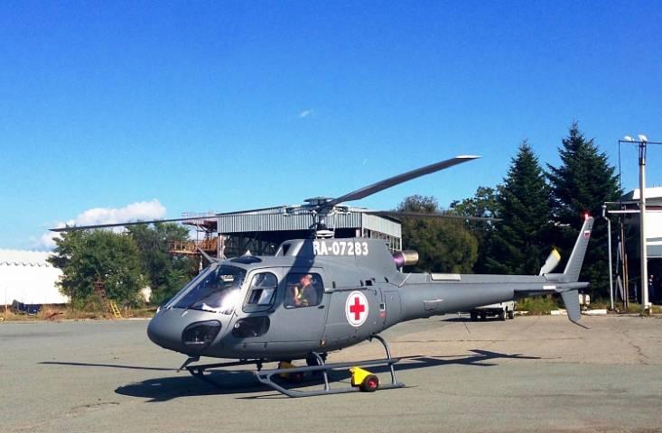 Вертолет эвакуировал людей с подтопленной базы отдыха в Приморье